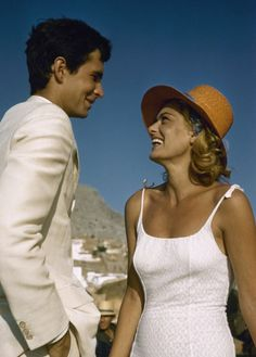 Anthony Perkins and Melina Mercouri on the film of Phaedra directed by Jules Dassin Photo by James Burke. Anthony Perkins, Die A, Celebs, Celebrities, Actress Photos, American Actors, Classic Hollywood, Movie Stars, Actors & Actresses