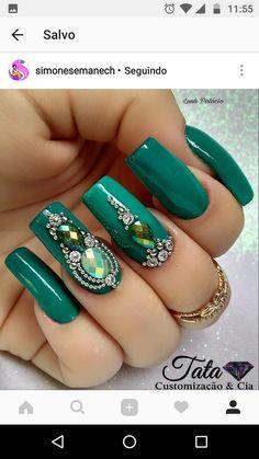 # Emerald Nails W/ Bling Green Nail Designs, Best Nail Art Designs, Beautiful Nail Designs, Gem Nails, Bling Nails, Hair And Nails, Matte Nails, Emerald Nails, Diamond Nails