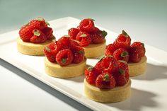 KEY LIME TART recipe will be in my book BACHOUR ON PRE ORDER NOW http://www.amazon.com/Bachour-Antonio-Battman/dp/0933477384/ref=sr_1_1?ie=UTF8qid=1382670912sr=8-1keywords=bachour