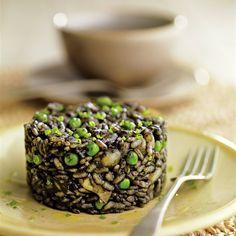 ¿A que meterías la cuchara ahora mismo a este arroz negro con sepia y guisantes? Rice Dishes, Breakfast, Recipes, Primers, Food, Yummy Yummy, Babies, Drink, Gastronomia