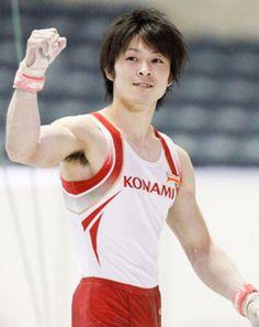 男子体操日本代表、内村航平選手。今年は個人だけでなく、日本男子団体金メダルを狙っています。リオデジャネイロオリンピック・リオ五輪2016