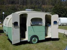 More and increasing numbers of people are trying to find practical options in order to conserve money without sacrificing comfort and fashion. Tiny Trailers, Vintage Campers Trailers, Vintage Caravans, Camping Trailers, Little Trailer, Small Trailer, Old Campers, Happy Campers, Shasta Trailer