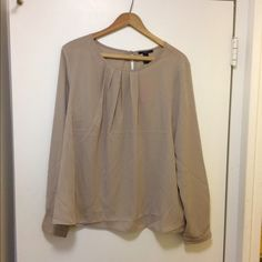 Baige blouse New, never worn blouse. Perfect for work or any occasion. Forever 21 Tops Blouses