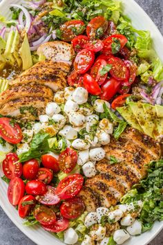 A simple and delicious Chicken Caprese Salad recipe that is loaded with flavors! Juicy chicken served over a bed of romaine, tomatoes, avocado, mozzarella cheese and tossed in a homemade balsamic dressing. #valentinascorner #salad #saladrecipe #capresesalad #chickencapresesalad #sidedish Salade Caprese, Caprese Salad Recipe, Entree Recipes, Salad Recipes, Dinner Recipes, Homemade Balsamic Dressing, Summertime Salads, Mozzarella Salad, Caprese Chicken
