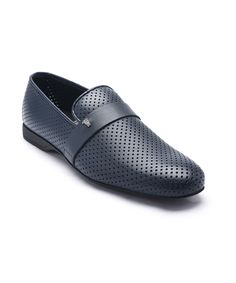 Laser Cut Leather Medusa Loafers Chaussures Homme, Cuir, Chaussures  Versace, Versace Pour Hommes 96a831048249