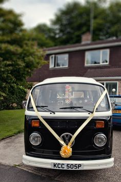 A Colourful Country Garden Fete Wedding: Tom & Jenny    http://www.hotchocolates.co.uk