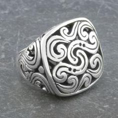 Cawi ring.  Love.