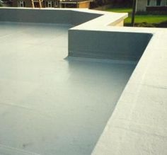 How a parapet flat roof is made ideas roofing for Parapet roof design pictures