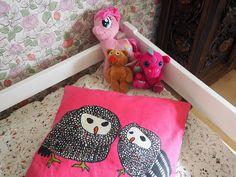 http://www.miru-maru.blogspot.fi #lastenhuone #sisustus #kidsroom #decor #pitsipeitto #lastensänky #tapettitehdas