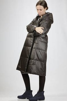 Plantation | long quilted jacket in nylon and taffetas padded in feather | #plantation