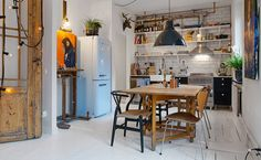 """stylish-homes: """" The bistro-style kitchen and dining area of an apartment in Gothenburg By Alvhem Mäkleri & Interiör. Home, House Design, Sweet Home, Kitchen Decor, Interior, Apartment Design, Kitchen Interior, Kitchen Styling, Home Deco"""
