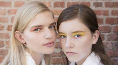 Der Beauty-Blick in die Zukunft: Wir verraten dir, welche Frisuren dieses Jahr mega angesagt sein werden, welche Produkte einen großen Hype erleben, welches Nail-Design du schon bald überall sehen wirst und wie Augen und Lippen in 2018 geschminkt werden. Denn Pinterest hat anhand der stark gesuchten Schlagworte und der neu gepinnten Bilder eine Liste mit den kommenden Trends veröffentlicht und gilt als zuverlässiges Trendbarometer. #beauty #makeup