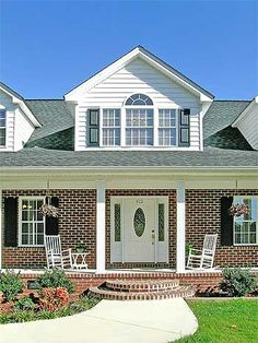 Love the front steps and column on this porch