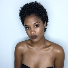 75 Most Inspiring Natural Hairstyles for Short Hair - Pretty Short Natural Cut - Super Short Hair, Girl Short Hair, Short Curly Hair, Short Hair Cuts, Curly Hair Styles, Short Afro Styles, Short Natural Styles, Tapered Natural Hair, Pelo Natural
