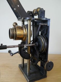 35mm Projector Victor Continsouza rond 1903 ~ Cinegraphica