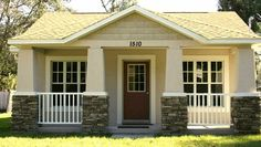 Beautiful Small Cottage House Exterior Ideas - Page 62 of 65 Small Cottage House Plans, Small Cottage Homes, Backyard Cottage, Southern House Plans, Small Cottages, Cottage Plan, Tiny House Living, Southern Living, Craftsman Cottage