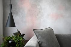 Pink concrete effect in acrylic paint by Marguerite & Gribouilli