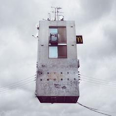 Flying houses, Laurent Chehere