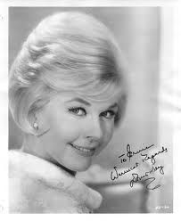 Doris Day Que Sera Sera What Ever Will Be Will Be, the future is not ours to see, que sera sera.