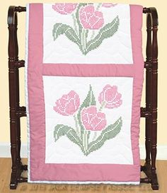 XX Tulips Quilt Blocks   Jack Dempsey Needle Art #embroidery #embroiderybyhand  #JDNA #tulips