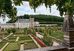1.A UNESCO World Heritage site, Château de Villandry in France's Loire Valley is home to gardens that many green thumbs regard as the most beautiful in the world. Recreating a 14th-century design, the all-organic gardens cascade down four terraces and include a sun garden