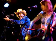 """Love this pic. Dave Rawlings Machine Cover Led Zeppelin's """"Going To California"""" - American Songwriter"""