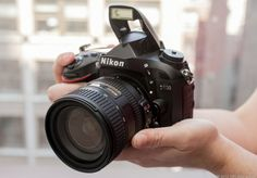 There's a lot to like in the Nikon D600, including a great set of shooting features, comfortable and intelligent design, and excellent photo quality and performance.