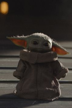 Every Picture We Have of Baby Yoda, For All Your General and Meme-ing Needs Can we all please be honest for a minute and admit that the number one attraction in The Mandalorian is Baby Yoda? Known on screen simply as Yoda Pictures, Yoda Images, Funny Baby Pictures, Meme Pictures, Star Wars Baby, Star Wars Wallpaper, Disney Wallpaper, Baby Wallpaper, Disney Star Wars