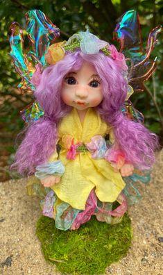 Polymer Clay Fairy, Polymer Clay Dolls, Indoor Fairy Gardens, Magical Images, Clay Fairies, Fairy Figurines, Fairy Art, Fairy Dolls, Ooak Dolls