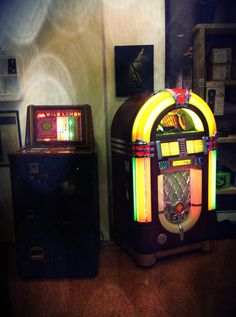 Vintage Modernariato, Jukebox Wurlitzer/Slot Bally Anni50