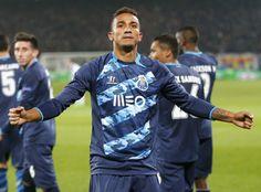Santos pode ganhar R$ 7,1 mi com venda de Danilo para o Real Madrid #globoesporte