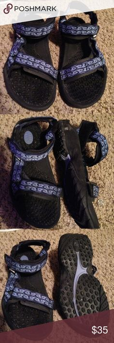 Teva Sport Sandals Great sandals in good condition! Need a little cleaning but in perfect condition! Cute vintage style and very comfortable! Adjustable straps for the perfect fit. Size 8! Great deal , got another pair so am selling these ones. Teva Shoes Sandals