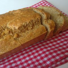 A vegetarian lifestyle blog about healthy, happy living - low carb bread recipe