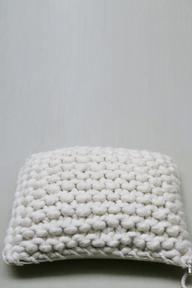 big knit pillow