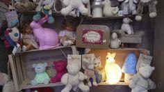 Les Enfants d'Abord shop display, Heico Egmont Lamps