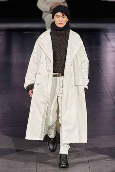 Dolce & Gabbana Autumn/Winter 2020 | British GQ Men Fashion Show, Fashion Show Collection, Runway Fashion, Mens Fashion, Fall Fashion, Zendaya Outfits, Zendaya Style, Zendaya Makeup, Zendaya Hair