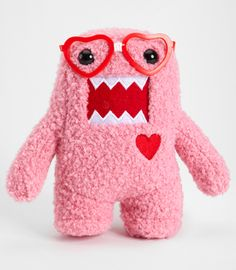 Pink nerd domo in love.  I LOVE DOMO!!!!!! I have a pink one but not a nerd!