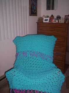 Crochet Prayer Shawl from http://www.shawlministry.com/Crochet%20Patterns/crochet_prayer_shawl.htm