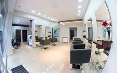 Black & White. Salon fryzjerski Conference Room, Table, Furniture, Home Decor, Decoration Home, Room Decor, Tables, Home Furnishings, Home Interior Design