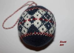 knitted christmas balls