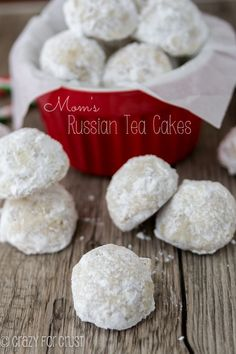 Russian Tea Cakes - my mom's famous recipe! | crazyforcrust.com