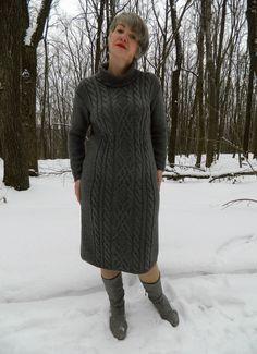 """Купить Теплое , шерстяное платье со сложными арановыми узорами -""""ГРАФИТ"""" - темно-серый, графит"""