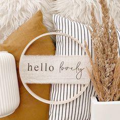 home decor bedroom Desert Aesthetic, Home Decor Bedroom, Design Trends, Post Modern, Hoop, Minimalism, Diys, Messages, Wreaths