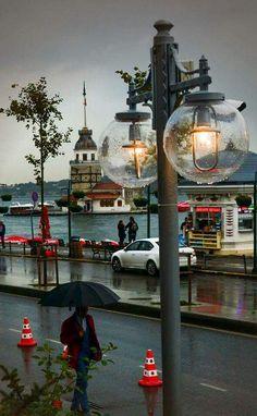 Maiden's Tower, Üsküdar Asian side of Istanbul #Turkey