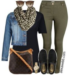 Inspiration - Plus Size Casual Outfit A plus size casual outfit with khaki skinnies!A plus size casual outfit with khaki skinnies! Fashion Mode, Curvy Fashion, Look Fashion, Winter Fashion, Ladies Fashion, Feminine Fashion, Weekend Fashion, Fashion 2018, 50 Fashion