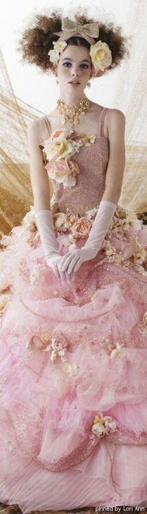 queenbee1924:  Stella de Libero | Stella de Libero dresses | Pinterest)