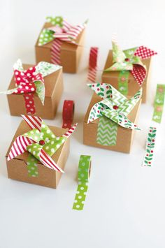 If you're looking for cute gift wrapping ideas, you can't go wrong with this creative and playful washi tape pinwheel, from Kami Bigler's new book Washi Ta Cute Gift Wrapping Ideas, Creative Gift Wrapping, Christmas Gift Wrapping, Best Christmas Gifts, Washi Tape Crafts, Paper Crafts, Gift Wraping, Pinwheels, Creative Ideas