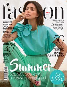 Alessandra de Osma, portada de junio de Fashion. #portadas #moda #fashion #portada V Magazine, Fashion Magazine Cover, Magazine Covers, Vogue, Vanity Fair, Marie Claire, Laura Ponte, Nylons, Gown Suit