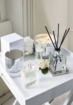 Symons Collection Floral Fragrances The White Company US The post Symons Collection Floral Fragrances The White Company appeared first on Best Pins for Yours - Bathroom Decoration The White Company, Large Candles, 3 Wick Candles, Scented Candles, Bathroom Furniture, Bathroom Interior, Antique Furniture, Parisian Bathroom, Rental Bathroom