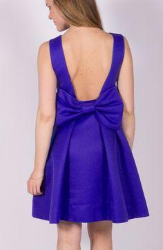 Robe violette Sinéquanone. Sans manche, encolure ronde, jupe à plis évasée  et structurée d2c056fa2cc7